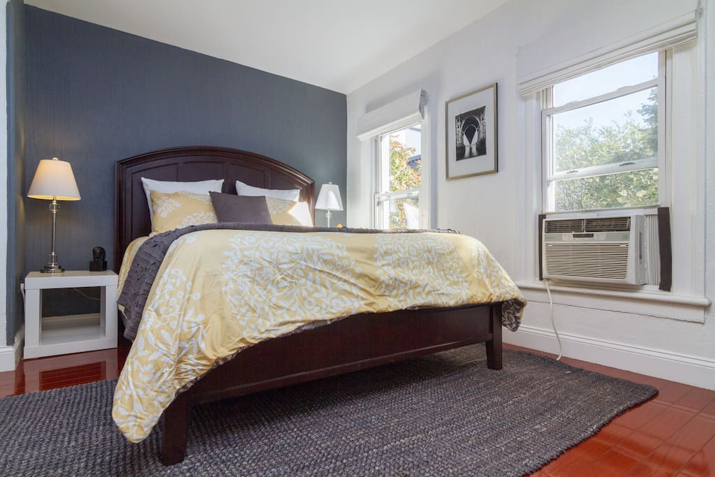 """""""The beds are very comfy with high quality linens"""" by Aasa. This spacious room has a queen size bed (sleeps 2) for your comfort."""