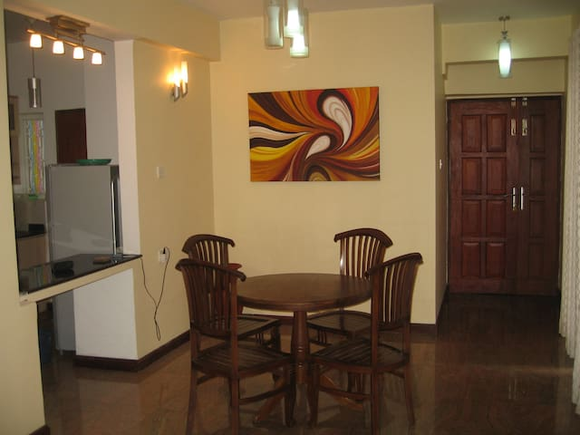 Air Conditioned Furnished Apartment - Colombo - Apartment