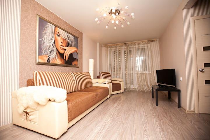 Апартаменты Делюкс Ленина 39 - Kemerovo - Lejlighed
