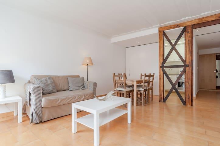 Cozy 2 bedroom apartment in alfama