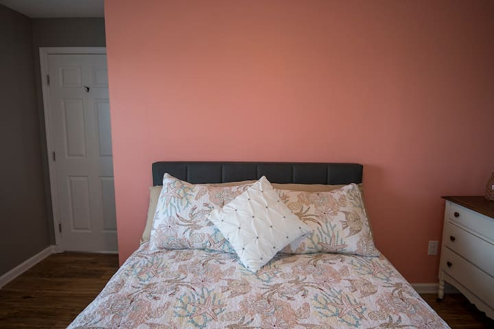 Island Time B&B (Room #4- Queen Room- $175)