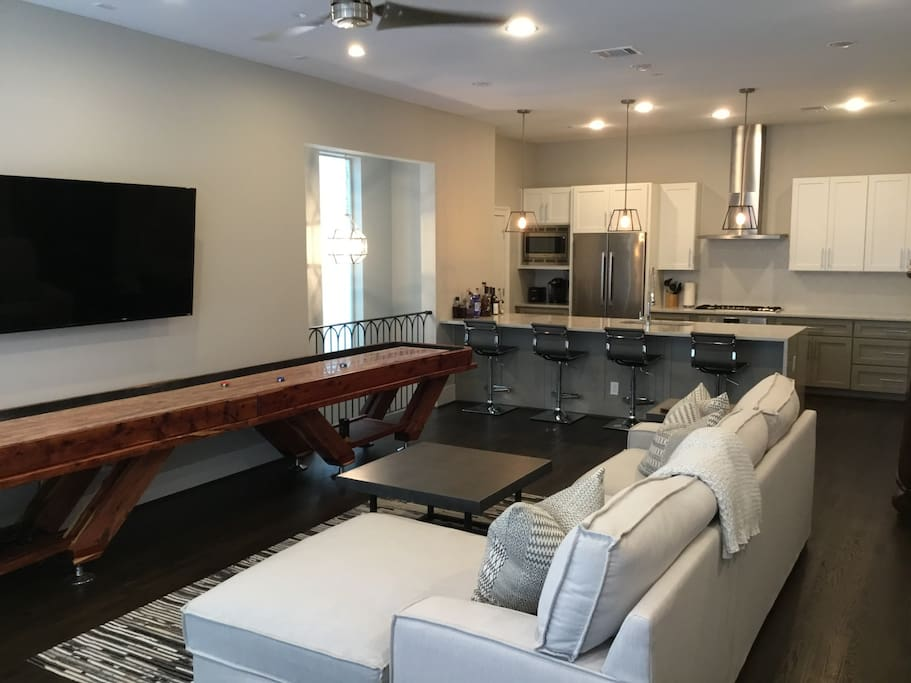 Large, Spacious Living Room with Shuffleboard Table