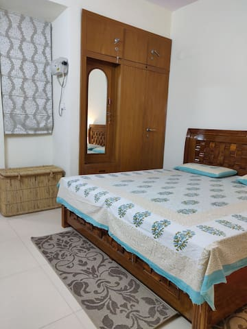 Comfy & cozy stay,1min walk to metro,Free Parking