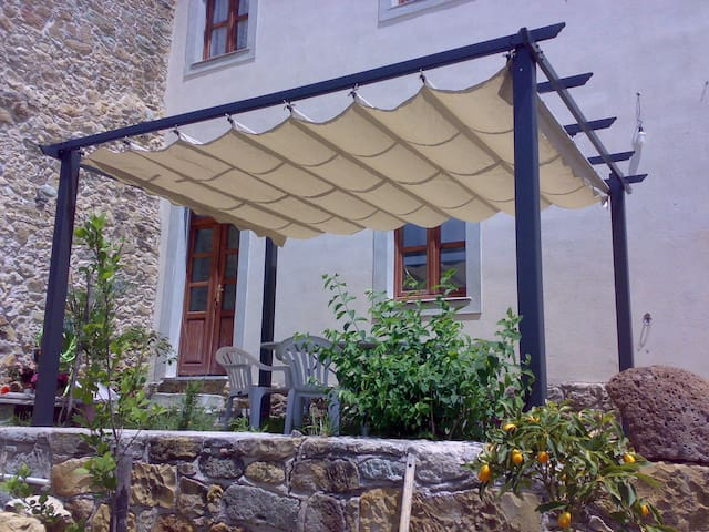 B&B Sardegna nel paese natale di Antonio Gramsci - Ales - Oda + Kahvaltı