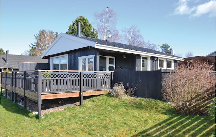 Holiday cottage with 2 bedrooms on 64m² in Kirke Hyllinge