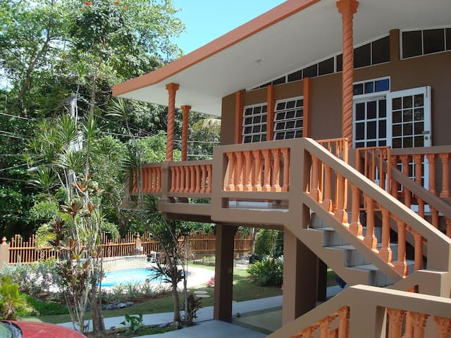 House in Rincon! Wifi, Pool, Parking space!! - Rincon - Hus