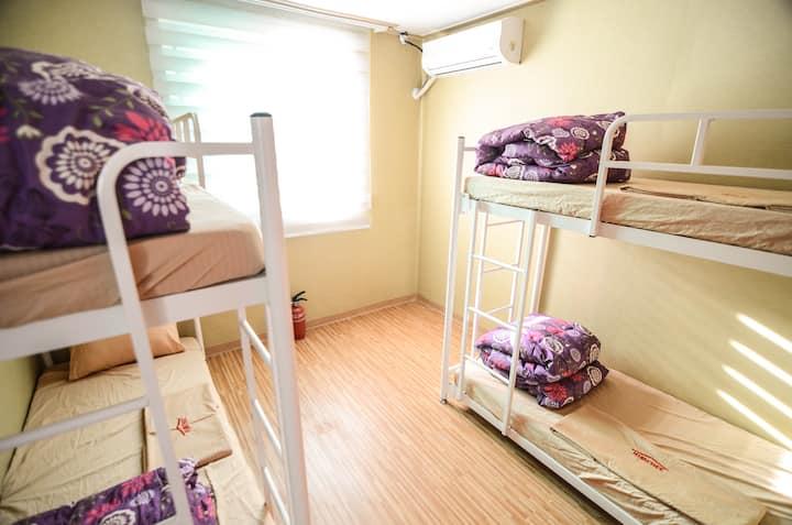 ★Cheonggu stn 1min/Dongdaemun/4-Bed Dorm Bed Mixed