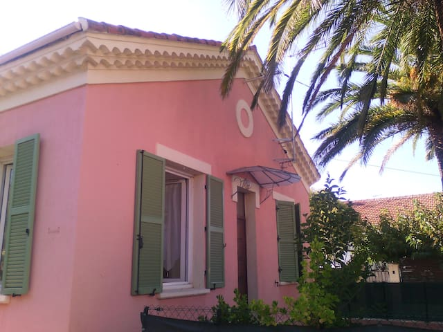 CHAMBRE - Fréjus - House