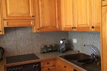 Fully equipped open space kitchen plus dishwasher, Nespresso machine