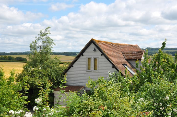 The Old Barn , Organic Residence, Secret Garden - Oxfordshire - บ้าน