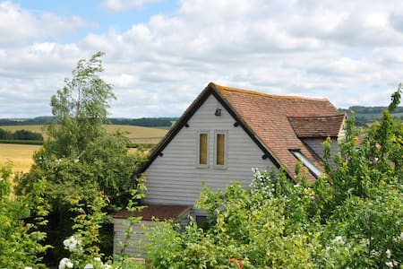 The Old Barn , Organic Residence, Secret Garden - Oxfordshire - Haus