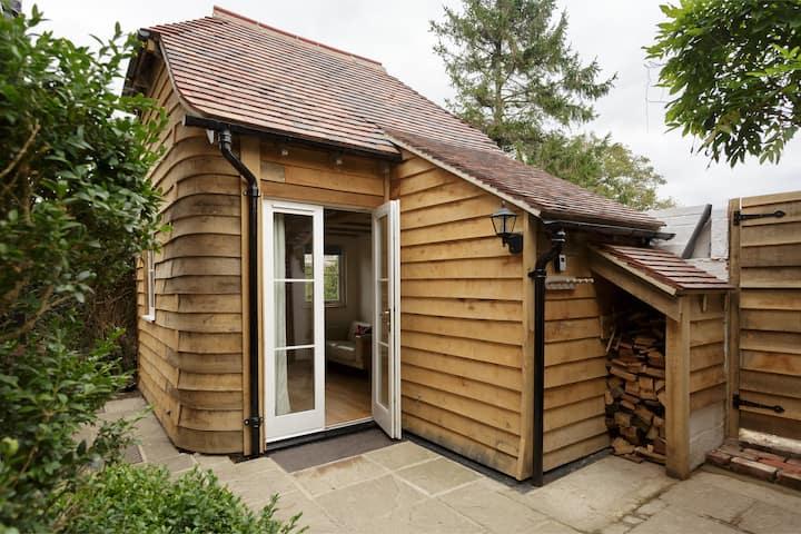 The Studio Lodge - Luxury + Breakfast Nr Goodwood