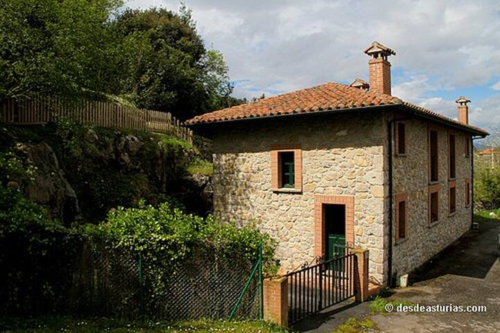 CASA CAMANGU B - Camango - House