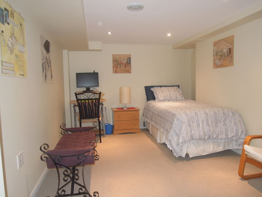 Cozy and spacious chambres d 39 h tes louer toronto for Chambre hote canada