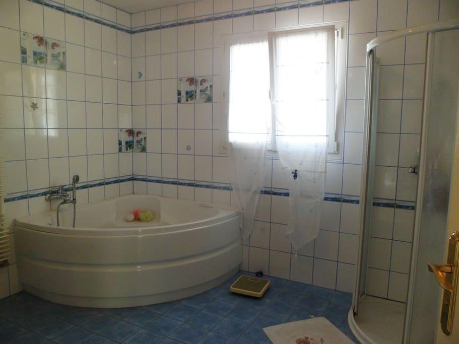 Salle de bain privative lors de votre réservation.