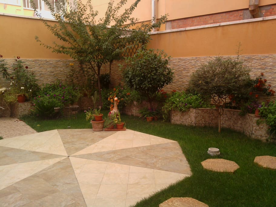 Patio-Jardín