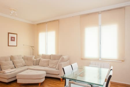 Very bright apartment - 2 bedrooms