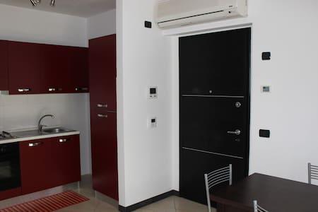Appartamento discreto e accogliente - Apartamento