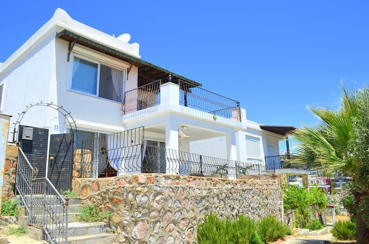 Villa İmbat.Bitez/Gümbet. Deniz 1Dk.Full Manzaralı