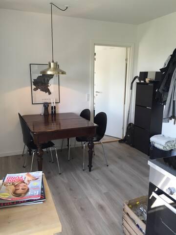 Ny 2-værelses ved Vesterbrotorv - Aarhus - Lakás