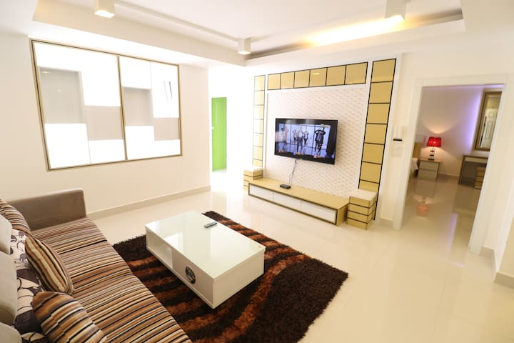 Central VIP Family Apartment, Superkitchen!