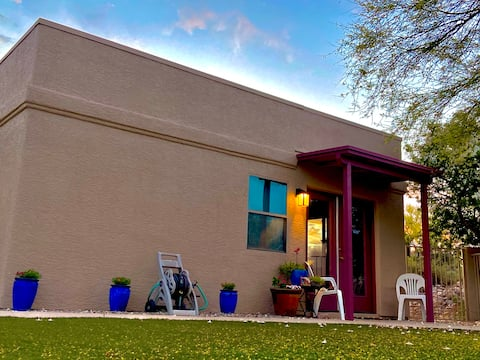 Private Tucson Desert Guest House Getaway