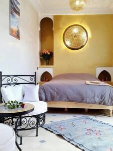 Wonderful Riad in Medina - House