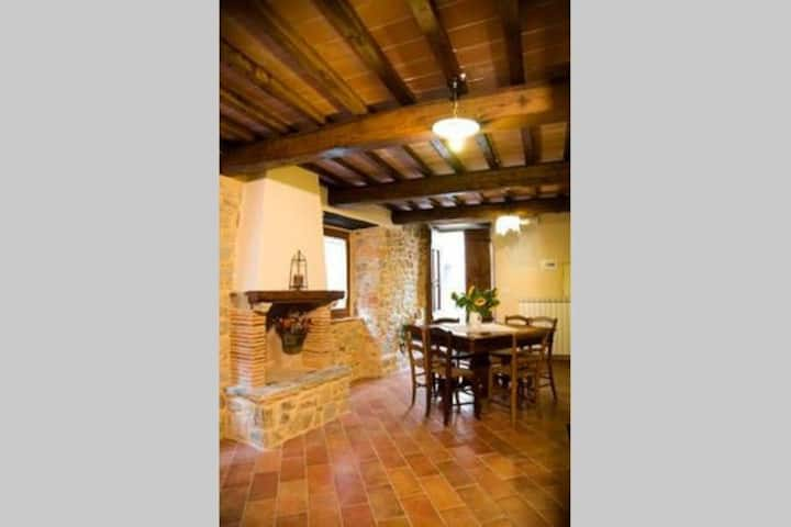 Holiday House in Tuscany: BEATRICE'S apartment