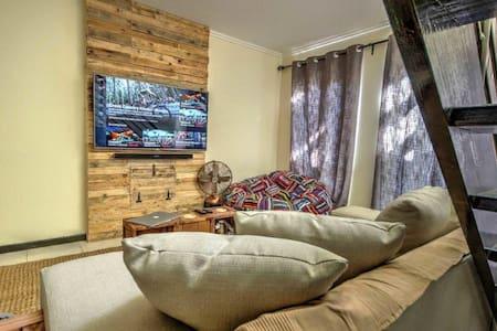 Urban loft Apartment - Sandton - Wohnung