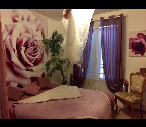 Chambre tout confort, spacieuse. - Le Coudray-Montceaux - Bed & Breakfast