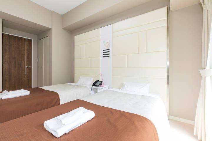 Hotel Alexander Namba Single room
