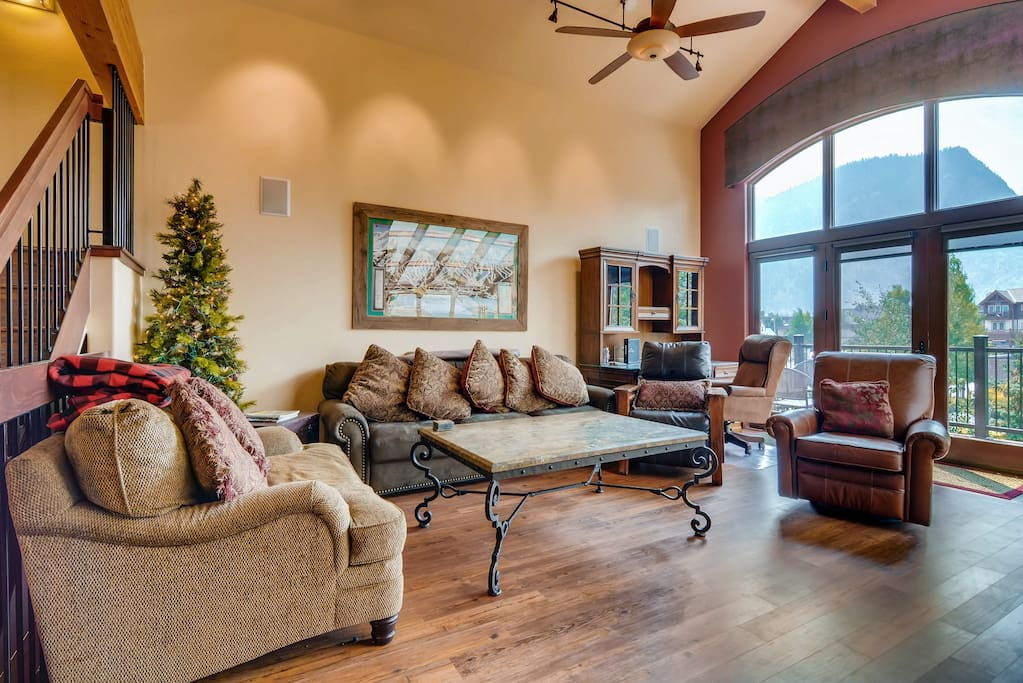 Huge space with vaulted windows and gas fireplace