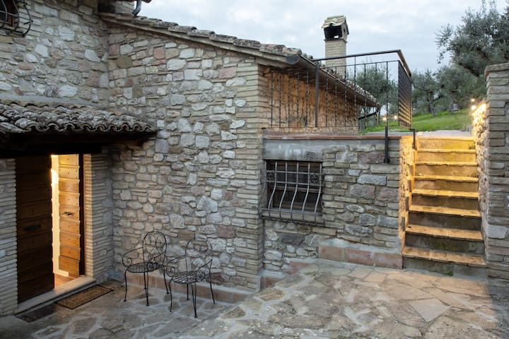 Casa Il Melograno al Borghettaccio di Assisi