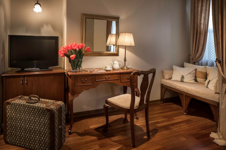 Double Occupancy Room With Private Bathroom