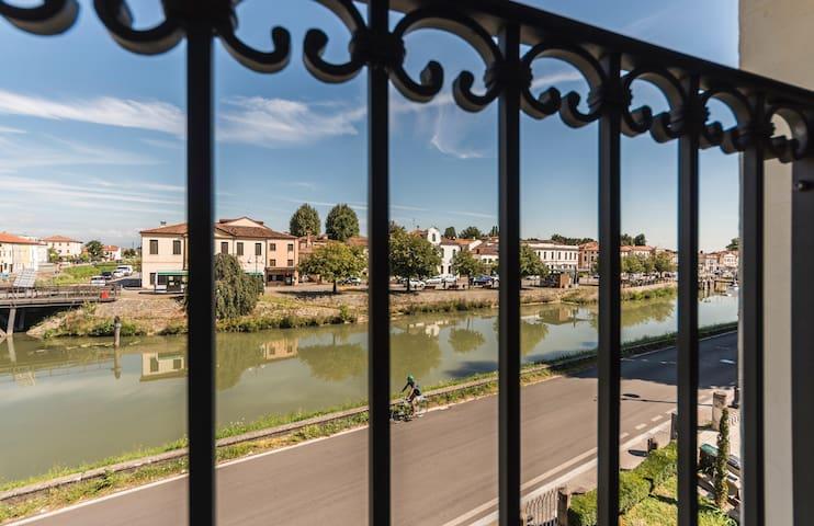 ROOFTOP PALAZZO PERSICO, River Brenta view