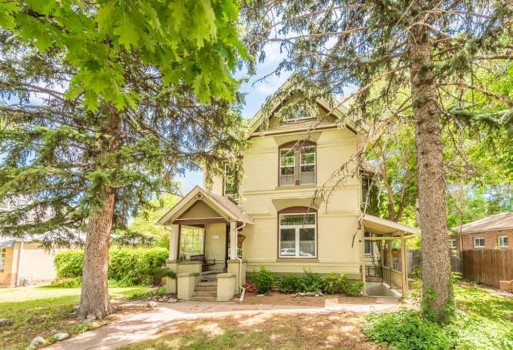 Historic 1896 LoHi Queen Anne Victorian, quiet block within walking distance to the best of the best!