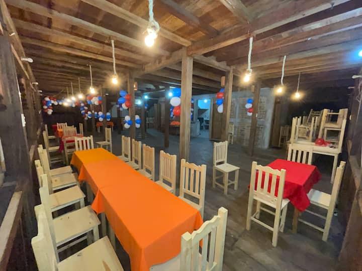 Cabaña con diseño interiores de marimba
