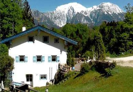 Old mill with a view of Berchtesgaden mountains - Ramsau bei Berchtesgaden - Casa