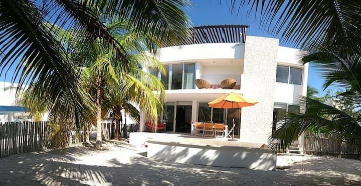 Villa Cieloymar, on the emerald coast.