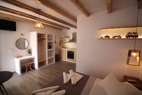 Flisvos Laguna House