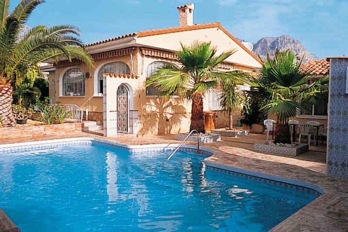 Holiday home in Vilajoyosa for 6 persons