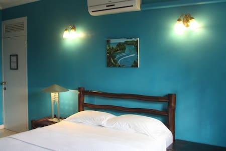 Moon Hill B&B Villa Blue Room - Kingston