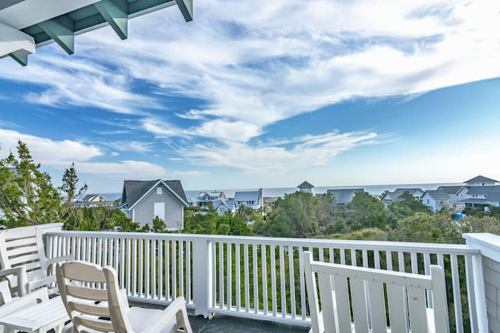 Ocean view, 2 golf carts, access to BOTH clubs with separate purchase