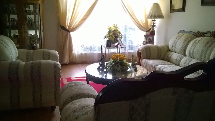 """Casa """"Pera"""" - La mejor hospitalidad en Puebla!"""