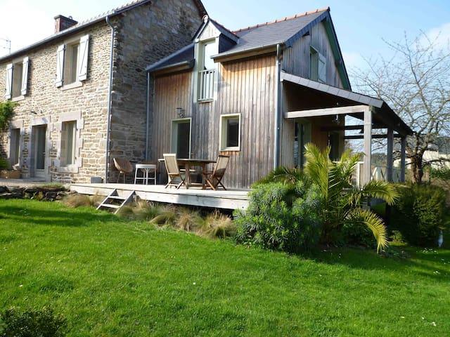 Belle maison ancienne vue sur Rance - Le Minihic-sur-Rance - Haus