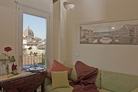 """CHARME WITH """"BELLISSIMA"""" VIEW!"""