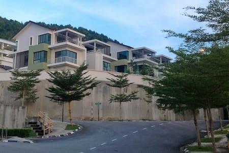 Luxury Villa with Sea View - Batu Feringghi