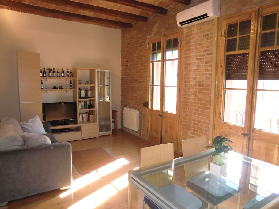 Sagrada familia wi fi 2 chambres climatisation for Louer chambre sans fenetre