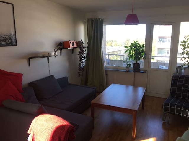Newly renovated flat in Multicultural Rosengård - Malmö - Apartment