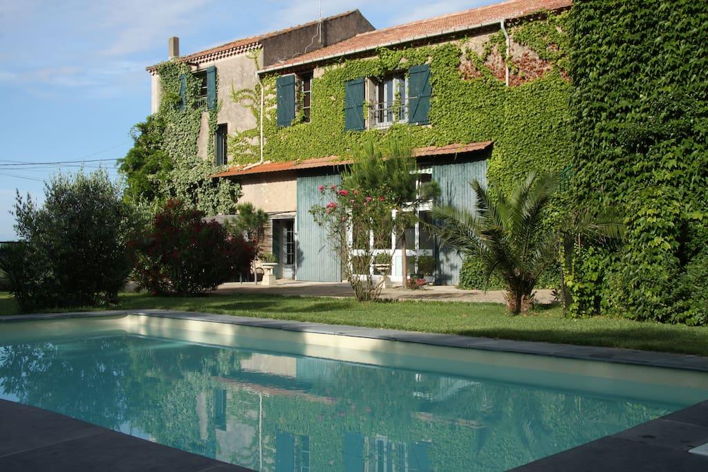 Gite charme piscine et salle maisons louer for Piscine a salles